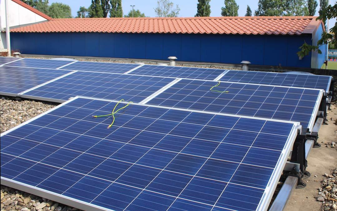 Een eigen zonne-energie installatie op je dak en deze terugverdienen binnen 5 jaar
